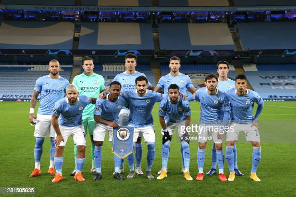 Players of Manchester City pose for a team photograph prior to the UEFA Champions League Group C stage match between Manchester City and FC Porto at...