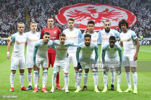 Players of Marseille pose for a team photo prior to the UEFA Europa League Group H match between Eintracht Frankfurt and Olympique de Marseille at...