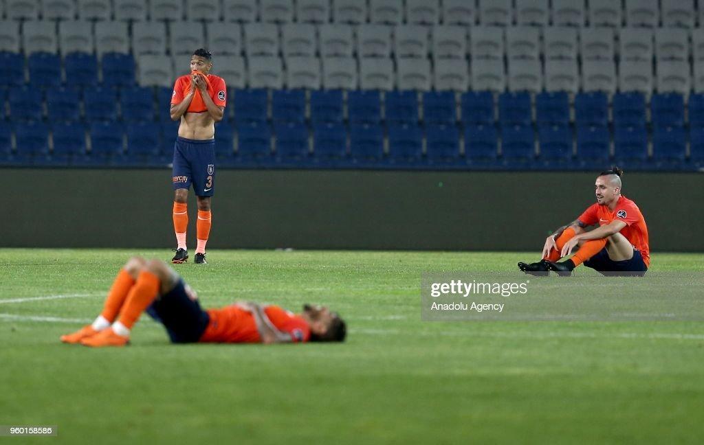 Medipol Basaksehir vs Kasimpasa: Turkish Super Lig : Foto di attualità
