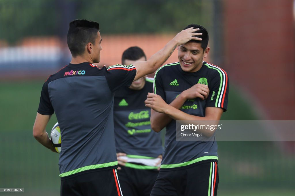 Mexico Training Session : News Photo