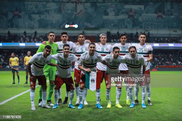 Players of Mexico pose for a photo during the match between Mexico and Bermuda as part of the Concacaf Nation League at Nemesio Diez Stadium on...