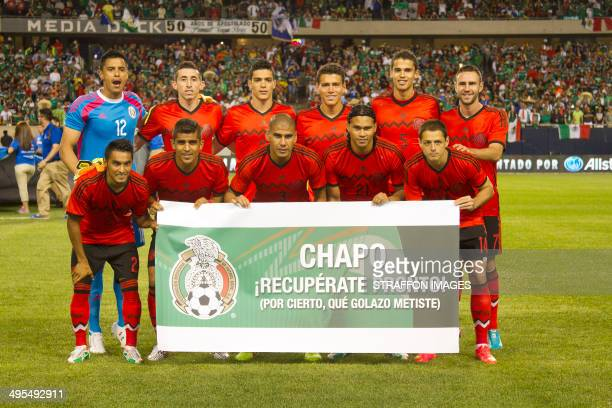 Players of Mexico pose for a team photo before the Internatinal friendly match between Mexico and BosniaHerzegovina at Soldier Field on June 03 2014...