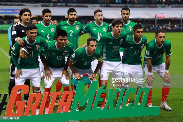 Players of Mexico pose prior the match between Mexico and Panama as part of the FIFA 2018 World Cup Qualifiers at Estadio Azteca on September 1 2017...