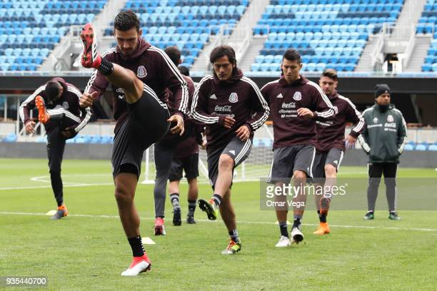 Players of Mexico warm up the Mexico National Team training session at Avaya Stadium on March 20 2018 in San Jose California