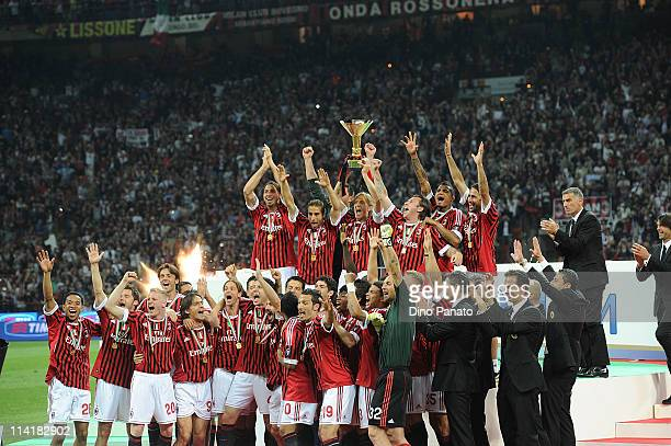 Players of Milan celebrates victory the italy championship after the Serie A match between AC Milan and Cagliari Calcio at Stadio Giuseppe Meazza on...