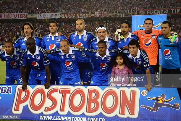 Players of Millonarios pose for a team picture prior to a first leg semifinal match between Junior and Millonarios as part of Liga Postobon 2014 at...
