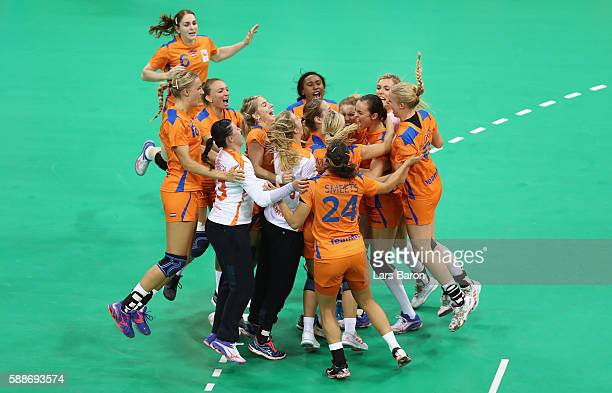 Players of Netherlands celebrates after the Womens Preliminary Group B match between Sweden and Netherlands on Day 7 of the Rio 2016 Olympic Games at...