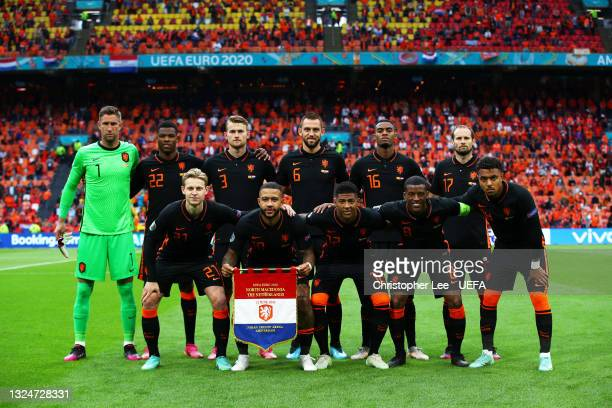 Players of Netherlands pose for a team photo prior to the UEFA Euro 2020 Championship Group C match between North Macedonia and The Netherlands at...
