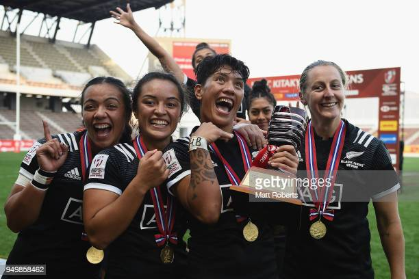 Players of New Zealand celebrate after winning the HSBC Women's Rugby Sevens Kitakyushu at Mikuni World Stadium Kitakyushu on April 22 2018 in...