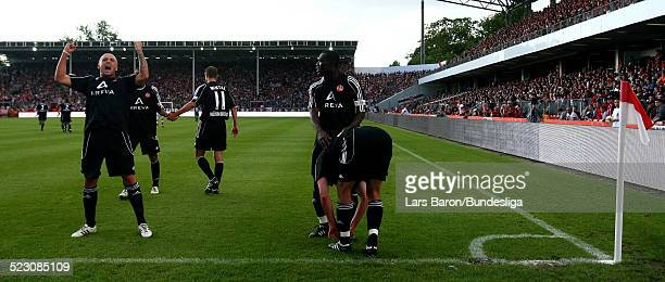 Players of Nuernberg celebrate during the Bundesliga Play Off match between FC Energie Cottbus and 1.FC Nuernberg at the Stadion der Freundschaft on...