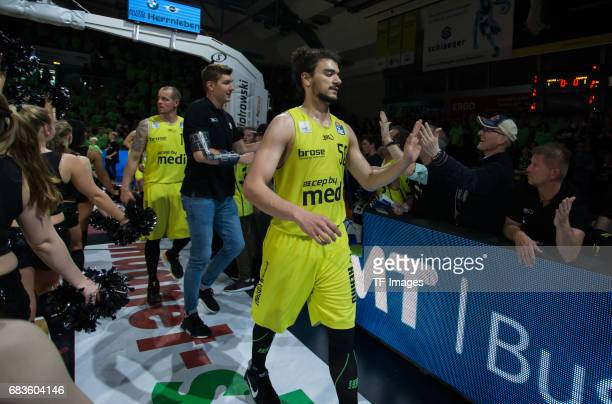 Players of of medi bayreuth shakes hands during the easyCredit BBL match between medi bayreuth and EWE Baskets Oldenburg at Oberfrankenhalle on May 5...