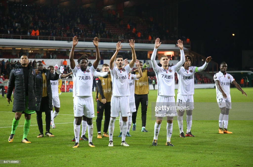 Players of OGC Nice celebrate the victory following the UEFA Europa League match between SV Zulte Waregem and OGC Nice at Regenboogstadion on September 14, 2017 in Waregem, Belgium.