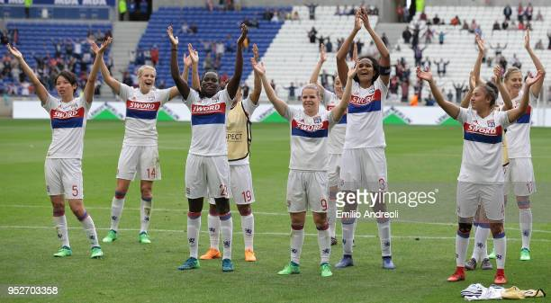 Players of Olympique Lyonnais celebrate the victory at the end of the UEFA Women's Champions League Semi Final Second Leg match between Olympique...