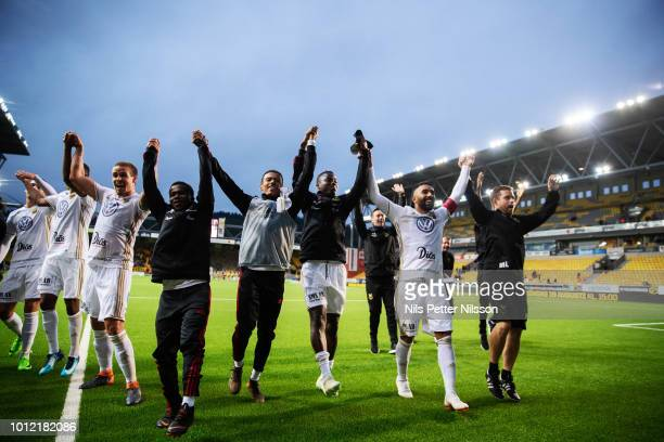 Players of Ostersunds FK cheers to the fans after the Allsvenskan match between IF Elfsborg and Ostersunds FK at Boras Arena on August 6 2018 in...