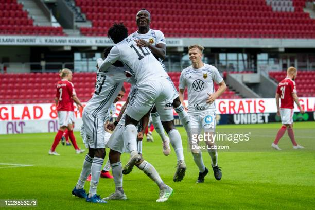 Players of Ostersunds FK react after the 1-2 goal during the Allsvenskan match between Kalmar FF and Ostersunds FK at Guldfageln Arena on July 1,...