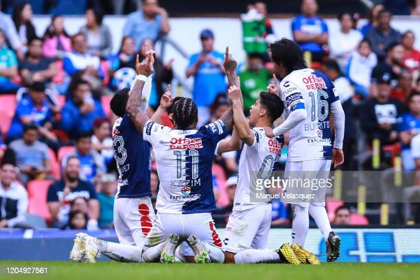 Players of Pachuca celebrate the first scored goal of Luis Chavez of Pachuca during the 5th round match between Cruz Azul and Pachuca as part of the...