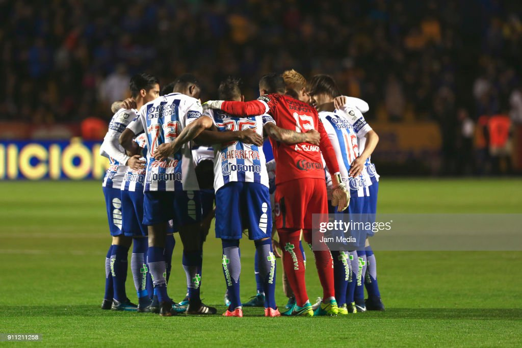 Players of Pachuca gather prior the 4th round match between Tigres UANL and Pachuca as part of the Torneo Clausura 2018 Liga MX at Universitario Stadium on January 27, 2018 in Monterrey, Mexico.