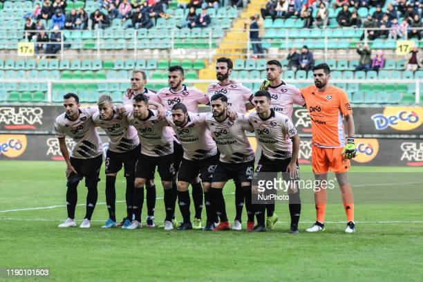 Players of Palermo before the serie D match between SSD Palermo and ASD Troina at Stadio Renzo Barbera on December 22, 2019 in Palermo, Italy.