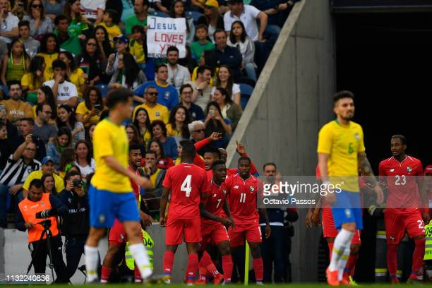 Players of Panama celebrates after scores the first goal during the international friendly match between Brazil and Panama at Estadio do Dragao on...