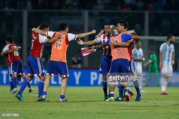 Players of Paraguay celebrate after a match between Argentina and Paraguay as part of FIFA 2018 World Cup Qualifiers at Mario Alberto Kempes Stadium...