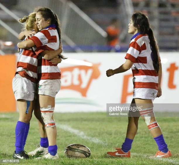 Players of Paraguay celebrate during the womens silver cup final match between Chile and Paraguay as part of Dove Women's Sevens at Parque Municipal...