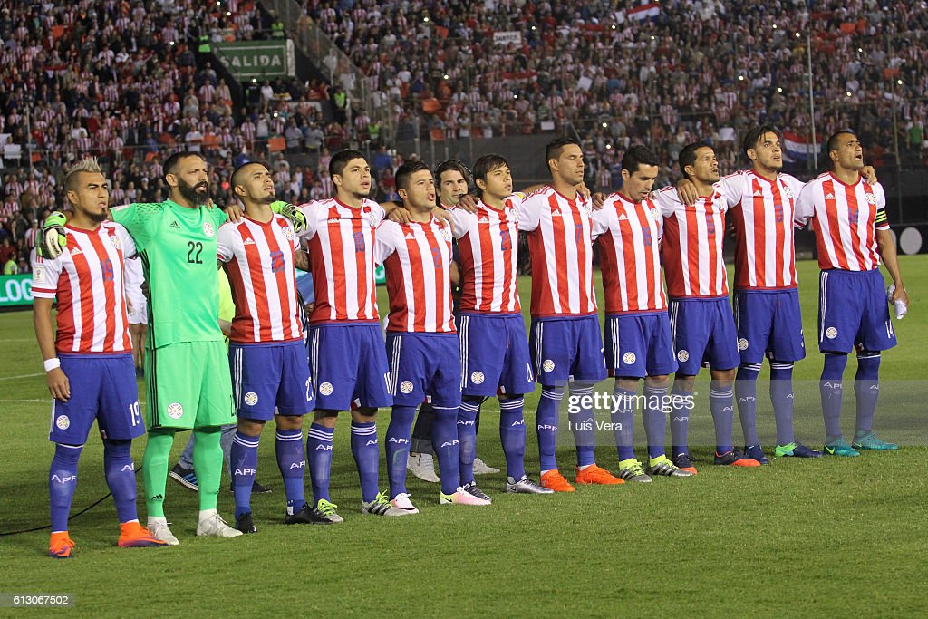Paraguay v Colombia - FIFA 2018 World Cup Qualifiers : ニュース写真