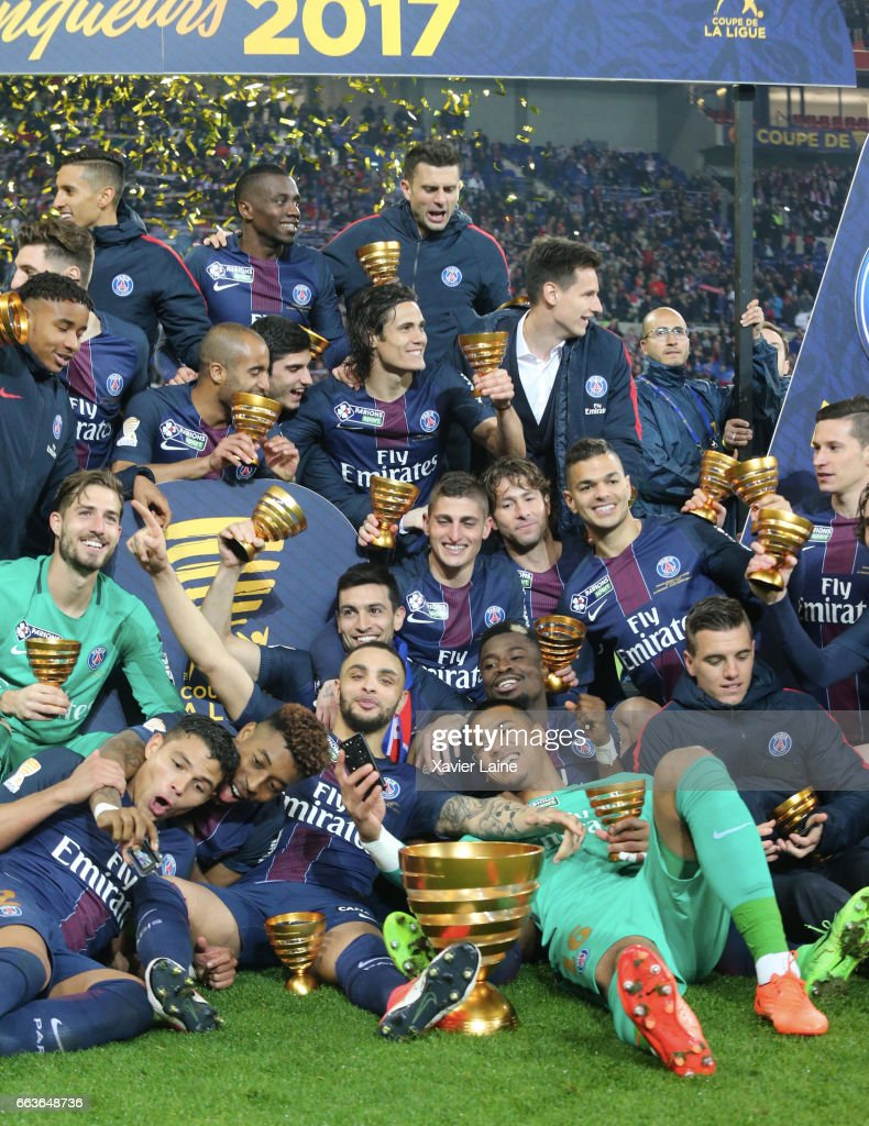 Players of Paris Saint-Germain celebrate the victory after the French League Cup Final match between Paris Saint-Germain and AS Monaco at Parc Olympique on Japril 01, 2017 in Lyon, France.