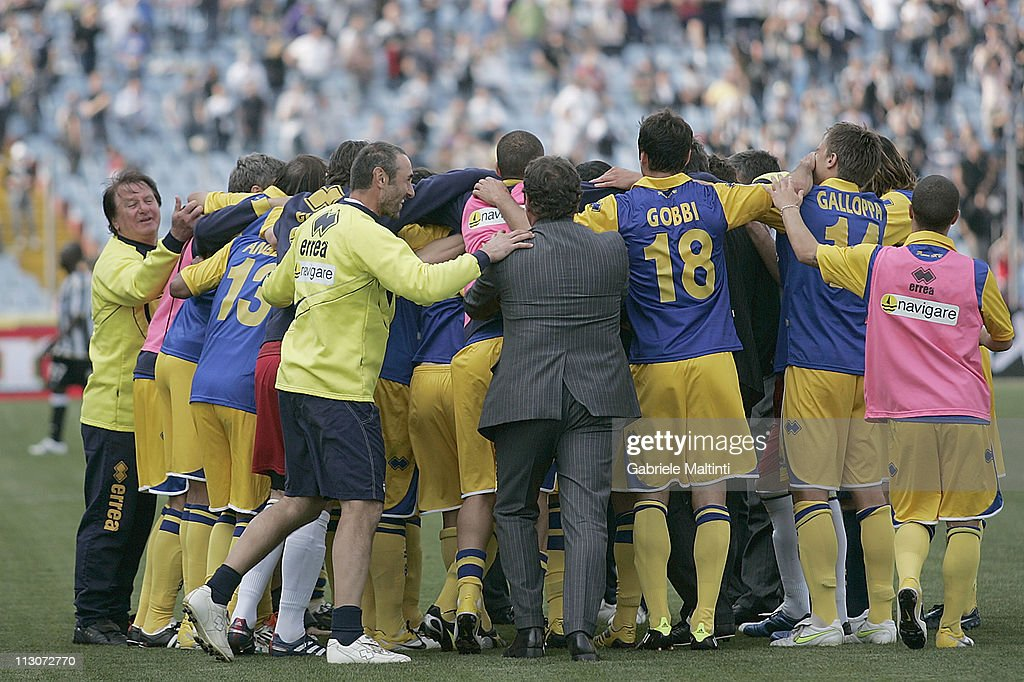 Players of Parma Fc celebrate victory after the Serie A match between Udinese Calcio and Parma FC at Stadio Friuli on April 23, 2011 in Udine, Italy.