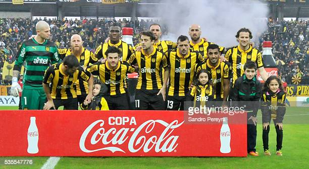 Players of Penarol pose before a match between Penarol and Plaza Colonia as part of Campeonato Uruguayo at Campeon del Siglo Stadium on May 29 2016...