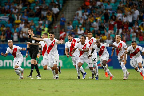Players of Peru celebrates after winning during a penalty shootout after the Copa America Brazil 2019 quarterfinal match between Uruguay and Peru at...