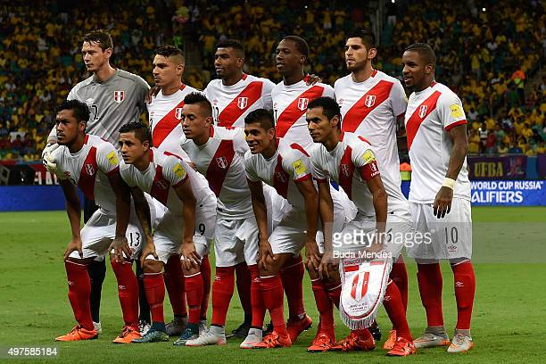Players of Peru pose for a photo before a match between Brazil and Peru as part of 2018 FIFA World Cup Russia Qualifiers at Arena Fonte Nova on...