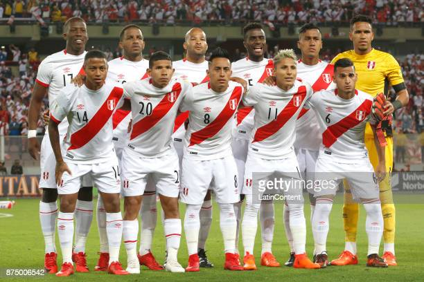 Players of Peru pose for a photo prior a second leg match between Peru and New Zealand as part of the 2018 FIFA World Cup Qualifier Playoff at...