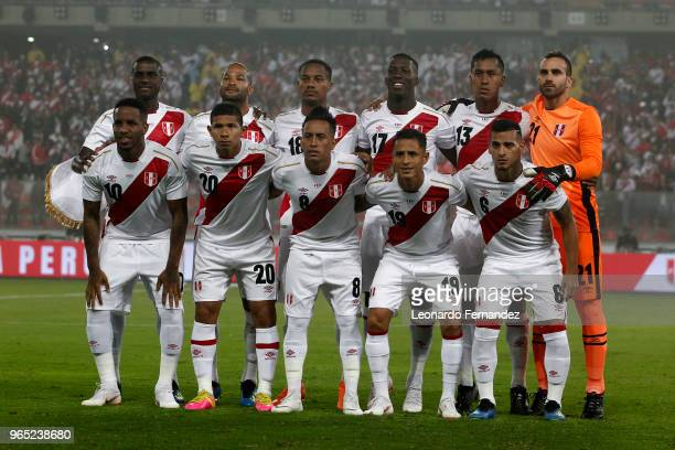 Players of Peru pose for a team photo prior the international friendly match between Peru and Scotland at Estadio Nacional de Lima on May 29 2018 in...