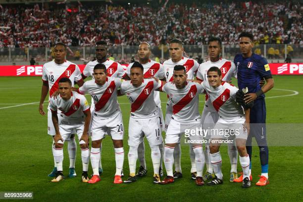 Players of Peru pose for a team photo prior to the match between Peru and Colombia as part of FIFA 2018 World Cup Qualifiers at National Stadium on...
