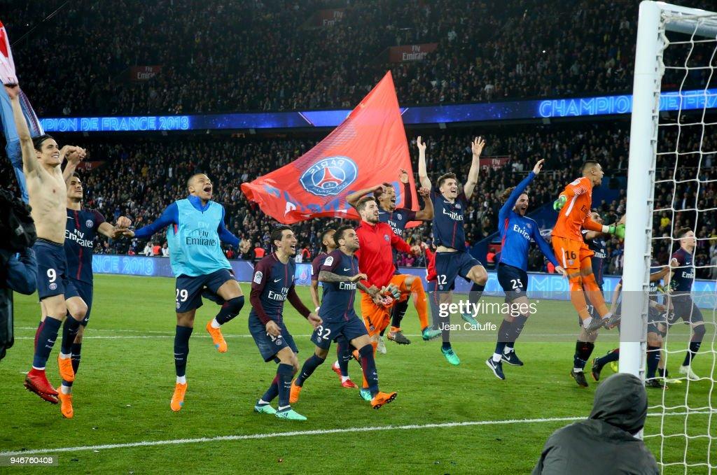 Paris Saint Germain v AS Monaco - Ligue 1 : Fotografía de noticias