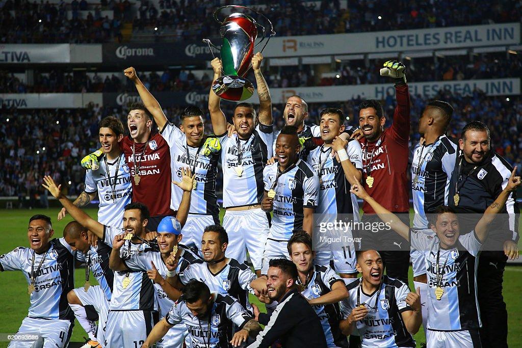 Queretaro v Chivas - Final Copa MX Apertura 2016 : Foto jornalística