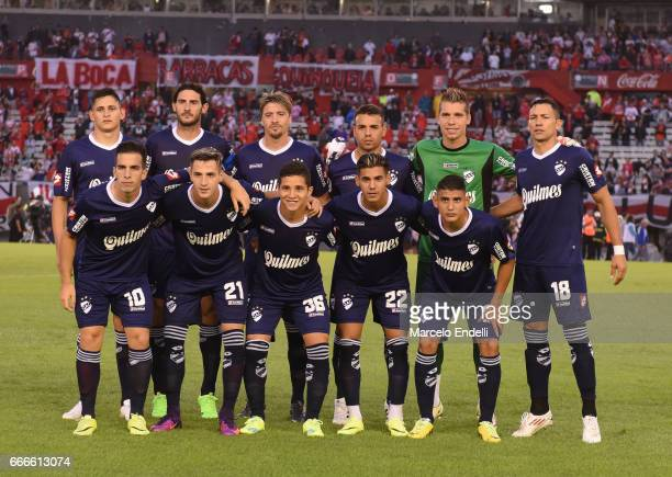 Players of Quilmes pose for a photo prior a match between River Plate and Quilmes as part of Torneo Primera Division 2016/17 at Monumental Stadium on...