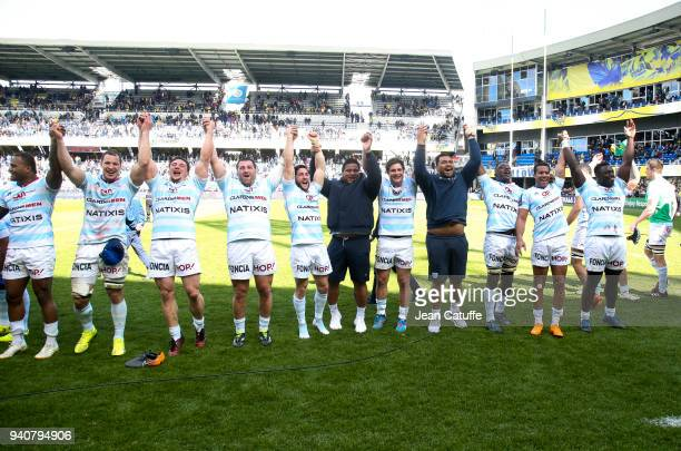 Players of Racing 92 celebrate the victory following the European Rugby Champions Cup match between ASM Clermont Auvergne and Racing 92 at Stade...