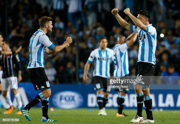 Players of Racing Club celebrate after the second leg match between Racing Club and Corinthians as part of round of 16 of Copa CONMEBOL Sudamericana...