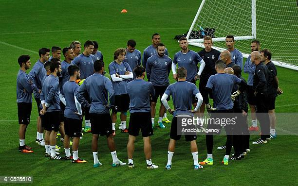 Players of Real Madrid CF attend a training session ahead of the UEFA Champions League group F soccer match between Borussia Dortmund and Real Madrid...