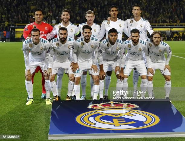 Players of Real Madrid pose before the UEFA Champions League group H match between Borussia Dortmund and Real Madrid at Signal Iduna Park on...