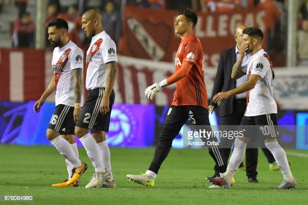 Players of River Plate look dejected after a match between Independiente and River Plate as part of the Superliga 2017/18 at Libertadores de America...