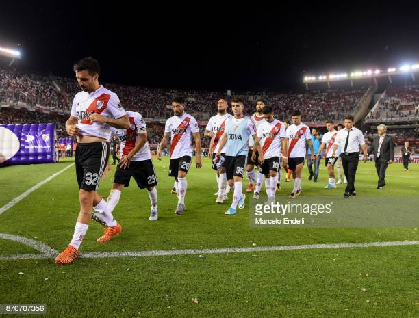 Players of River Plate look dejected after losing the match between River Plate and Boca Juniors as part of the Superliga 2017/18 at Monumental...