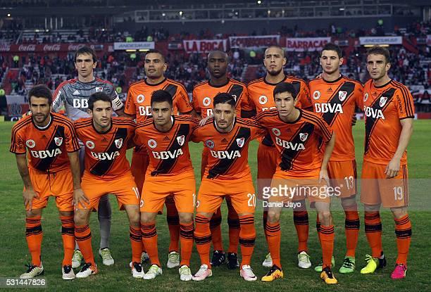 Players of River Plate pose before a match between River Plate and Gimnasia y Esgrima La Plata as part of Torneo Transicion 2016 at Antonio Vespucio...