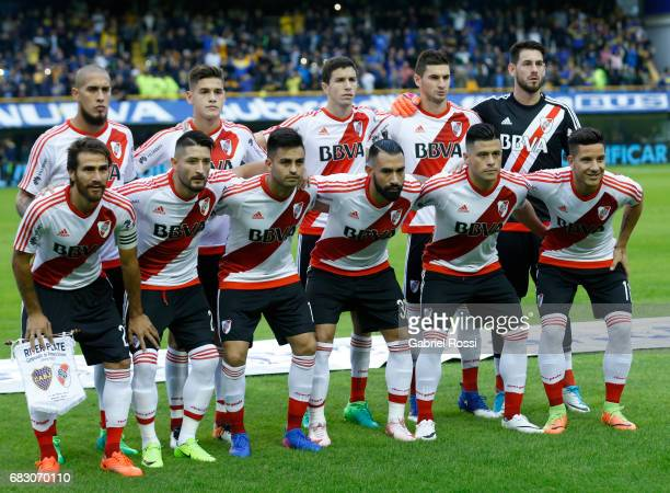 Players of River Plate pose for a photo prior the match between Boca Juniors and River Plate as part of Torneo Primera Division 2016/17 at Alberto J...