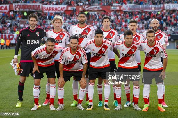 Players of River Plate pose for a photo prior the match between River Plate and Argentinos Juniors as part of the Superliga 2017/18 at Monumental...