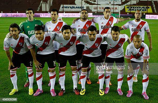Players of River Plate pose for a team photo prior to a match between Lanus and River Plate as part of ninth round of Torneo de Transicion 2014 at...