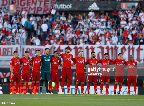 Players of River Plate pose prior a match between River Plate and Atletico de Tucuman as part of Superliga 2017/18 at Monumental Stadium on October...