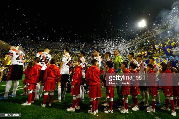 Players of River Plate walk onto the field prior the Semifinal second leg match between Boca Juniors and River Plate as part of Copa CONMEBOL...