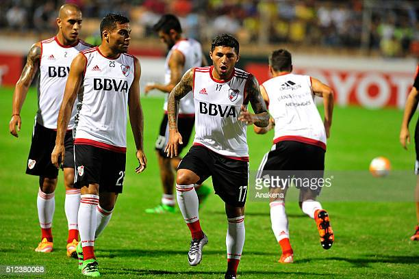Players of River Plate warm up prior to a group stage match between Trujillanos and River Plate as part of Copa Bridgestone Libertadores 2016 at Jose...